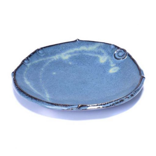 ED-4-Dinner-plate-freeform-footless-in-sky